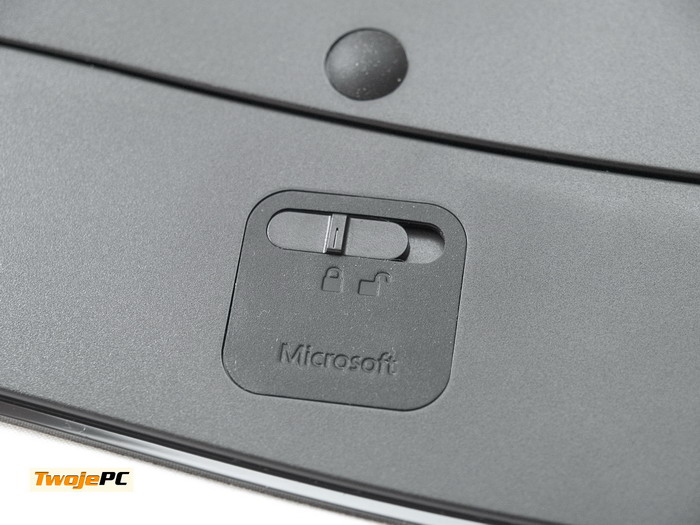 Microsoft-Sculpt-Ergonomic-Keyboard-Comfort-Desktop