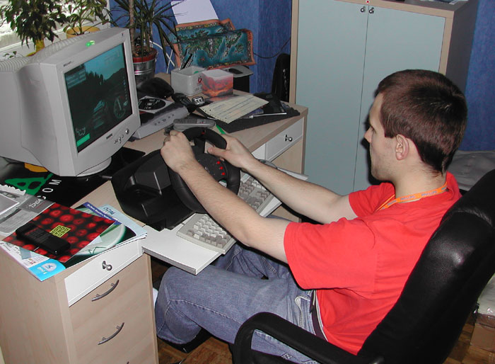 Logitech Momo Racing Force Kr 243 Tki Test